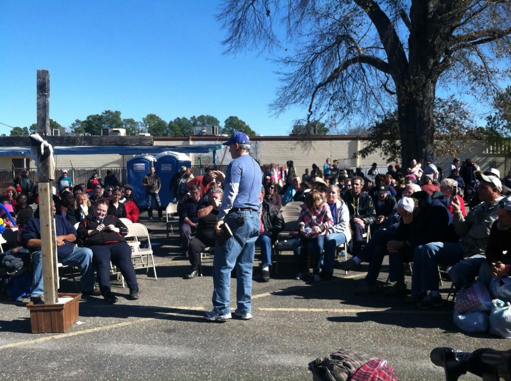 Pastor Richard Jones Shares a testimony with the ShadeTree Fellowship